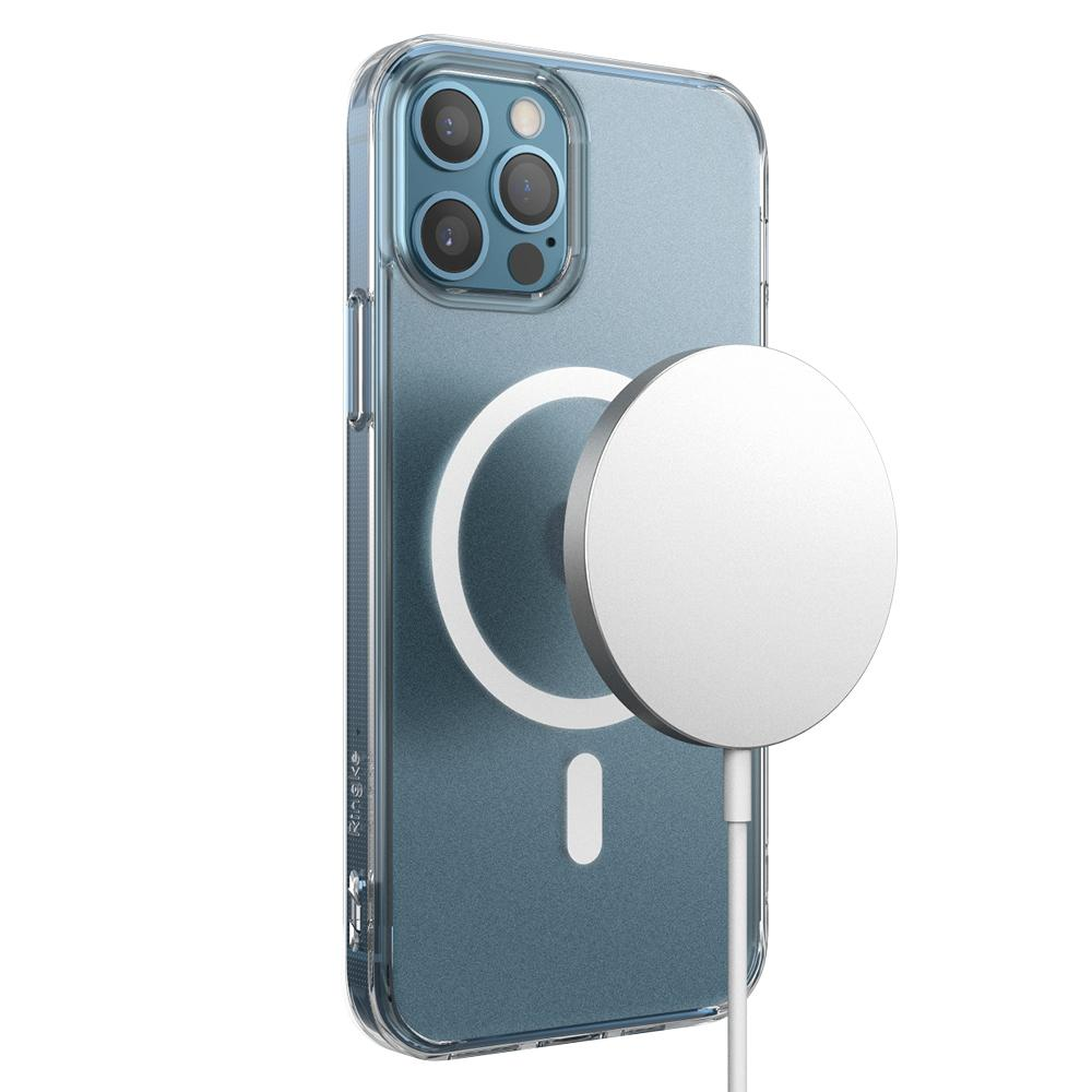 Fusion Magnetic Case iPhone 12/12 Pro Matte Clear